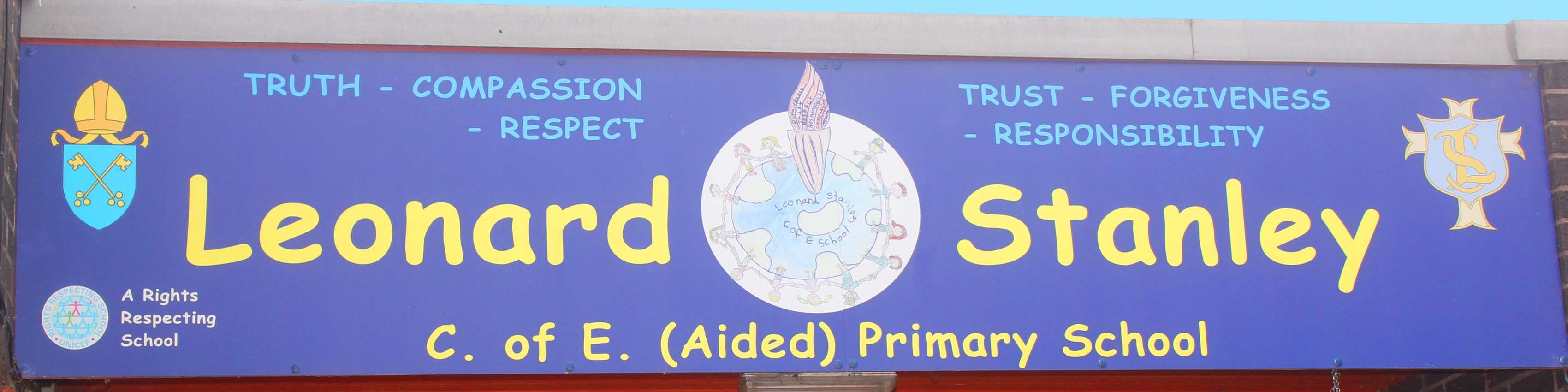 home-slider-screen-school-sign